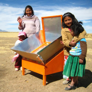 Cuiseurs solaires en Bolivie photo copyright BISS