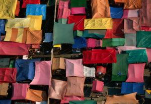 Marché près du quartier de Xochimilco, Mexico, Mexique (19¡27Õ N Ð 99¡16Õ O), Yann Arthus-Bertrand