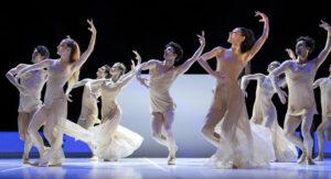 Parallaxe Bejart Ballet_Tous les hommes_Opera Lausanne Avril 2019_©Ingo Schaefer_HD